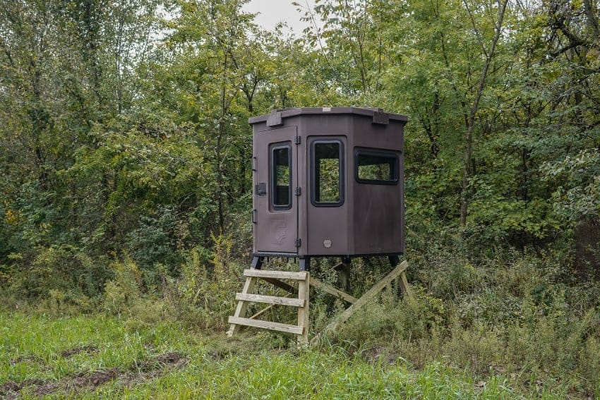 hunting blind setup in field