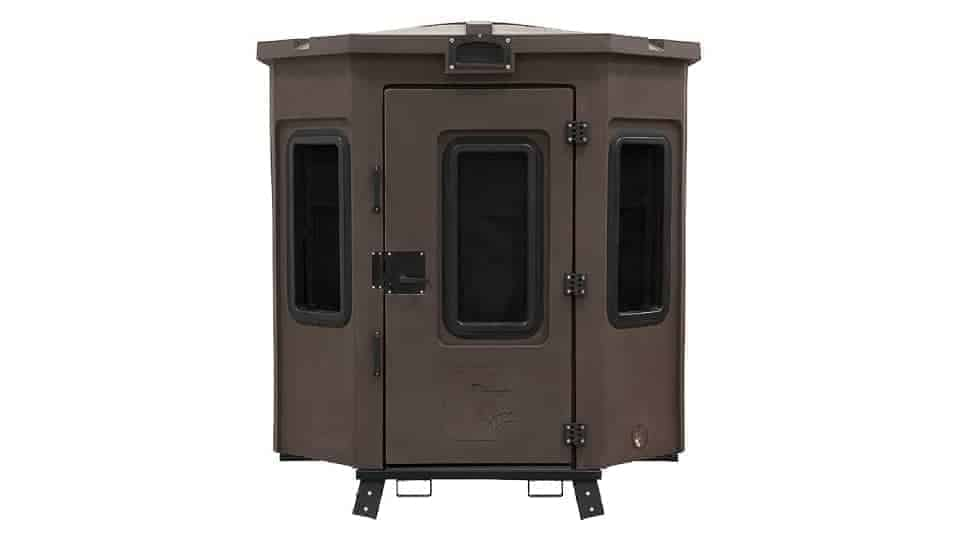 rotomolded hunting blind with ozone ports factory installed