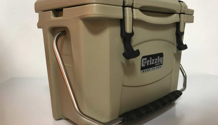 installed stainless steel cooler handle on grizzly 15 or grizzly 20 cooler